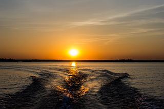 sunset big rideau wake resized 600