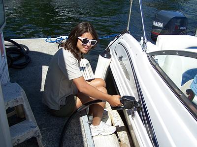 Len's Cove Fuel Dock