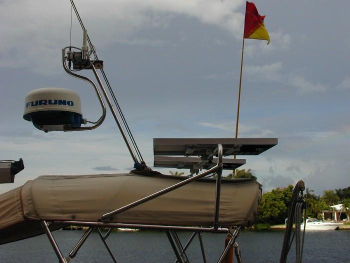 solar_panels_on_boat_bimini