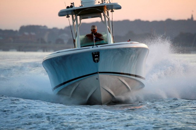 offshore center console boat running